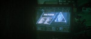 Vue sur l'ordinateur de Abby joué par Gaëlle Ireson, incrustation d'images grâce aux effets spéciaux - Jody Foster