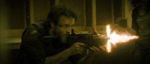 Quentin Evrad, comédien dans le court-métrage Aube des Lunatik jouant le rôle de Kirk. Tir sur un infecté