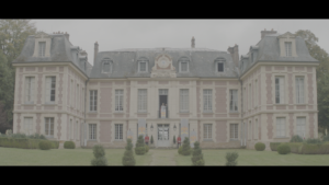Le Roi Des Cons, court-métrage, château, verdures, buissons
